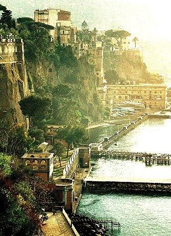 Coastal Living, Sorrento, Italy