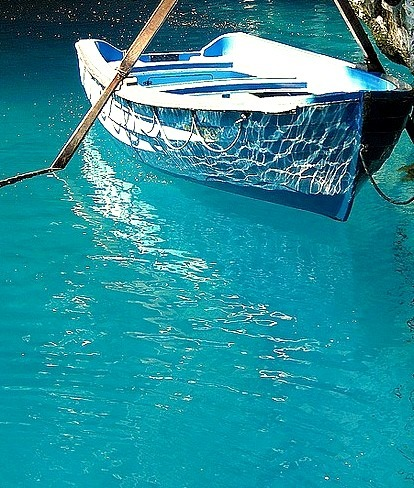 Blue Reflections, Greece