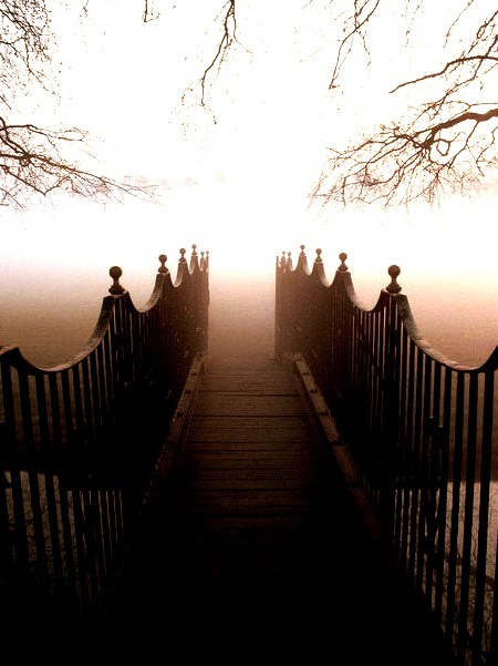 Fog Bridge, Twickenham, England