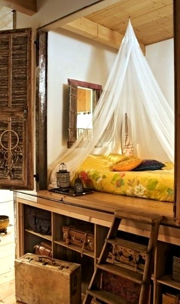 Alcove Day Bed, France